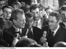 Bild 060: Willy Brandt am Wahlabend 1969 [Bundesarchiv]
