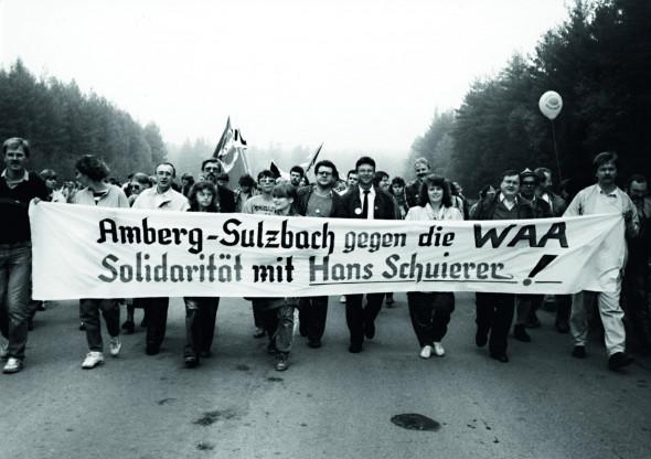 Bild 065: SozialdemokratInnen bei einer Demonstration gegen die WAA [Reinhold Strobel, privat]