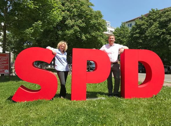 Bild 404: Landesvorsitzende Natascha Kohnen und Generalsekretär Uli Grötsch